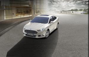 FordMondeo-Hybrid_01L